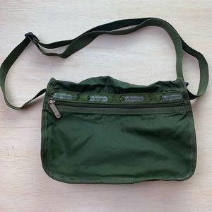 Lesportsac | olive green crossbody bag